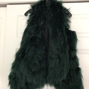 green furry vest size M
